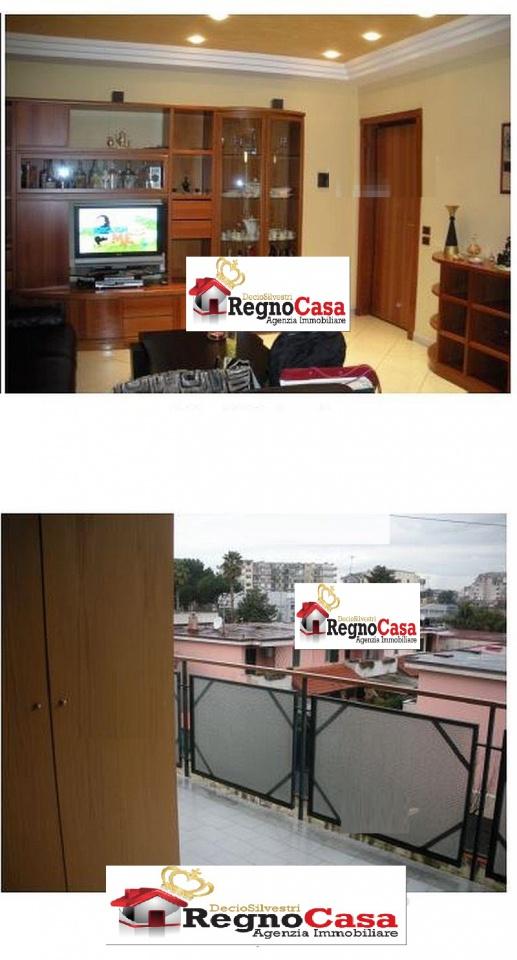 Appartamento in buone condizioni in vendita Rif. 10498322