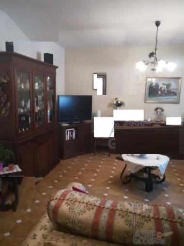 Villa a schiera DRAGONI VIA ROMA FRAZ. S. GI