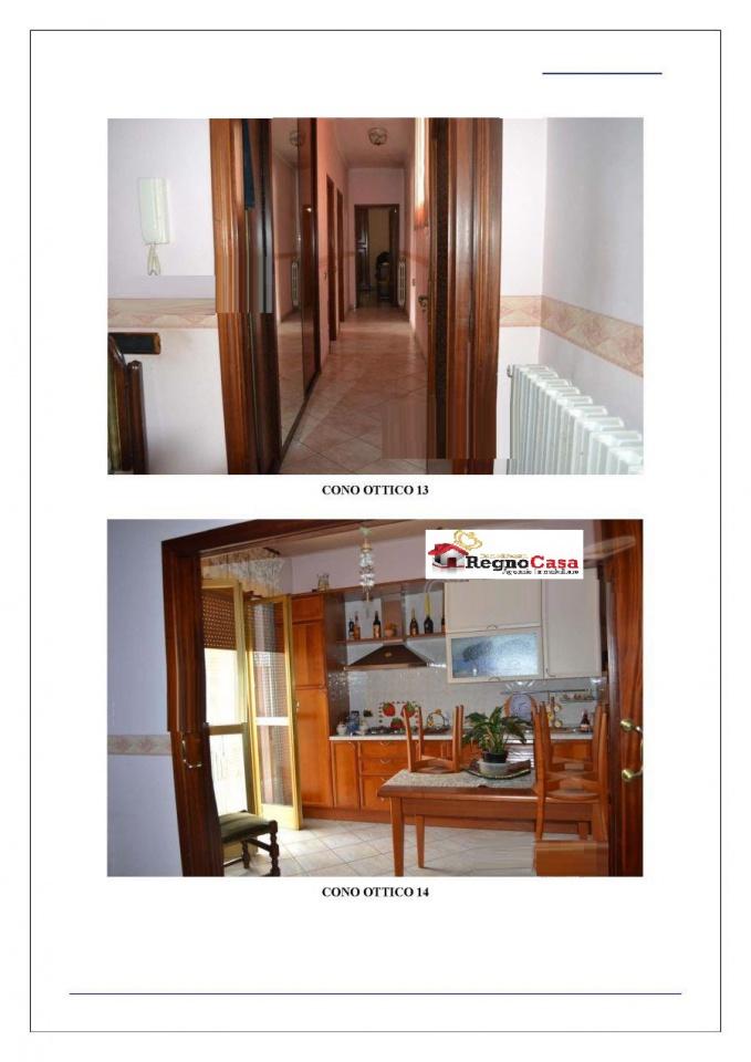 Appartamento in buone condizioni in vendita Rif. 9538687