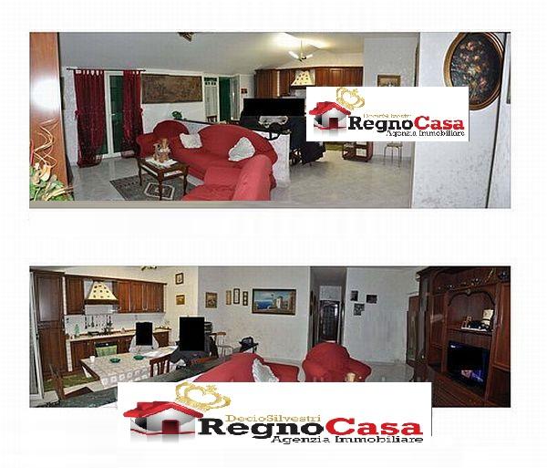 Appartamento in buone condizioni in vendita Rif. 9702528