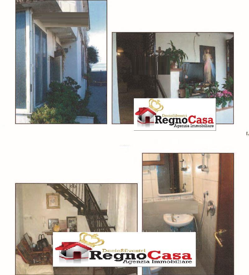 Appartamento in buone condizioni in vendita Rif. 9820053