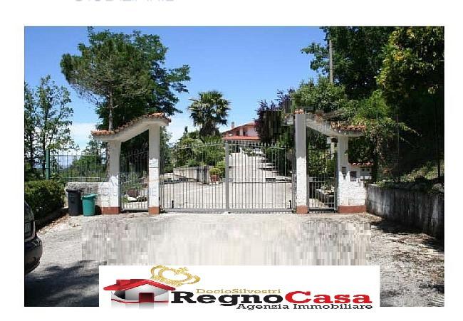 Villa 5 locali in vendita a Ceppaloni (BN)