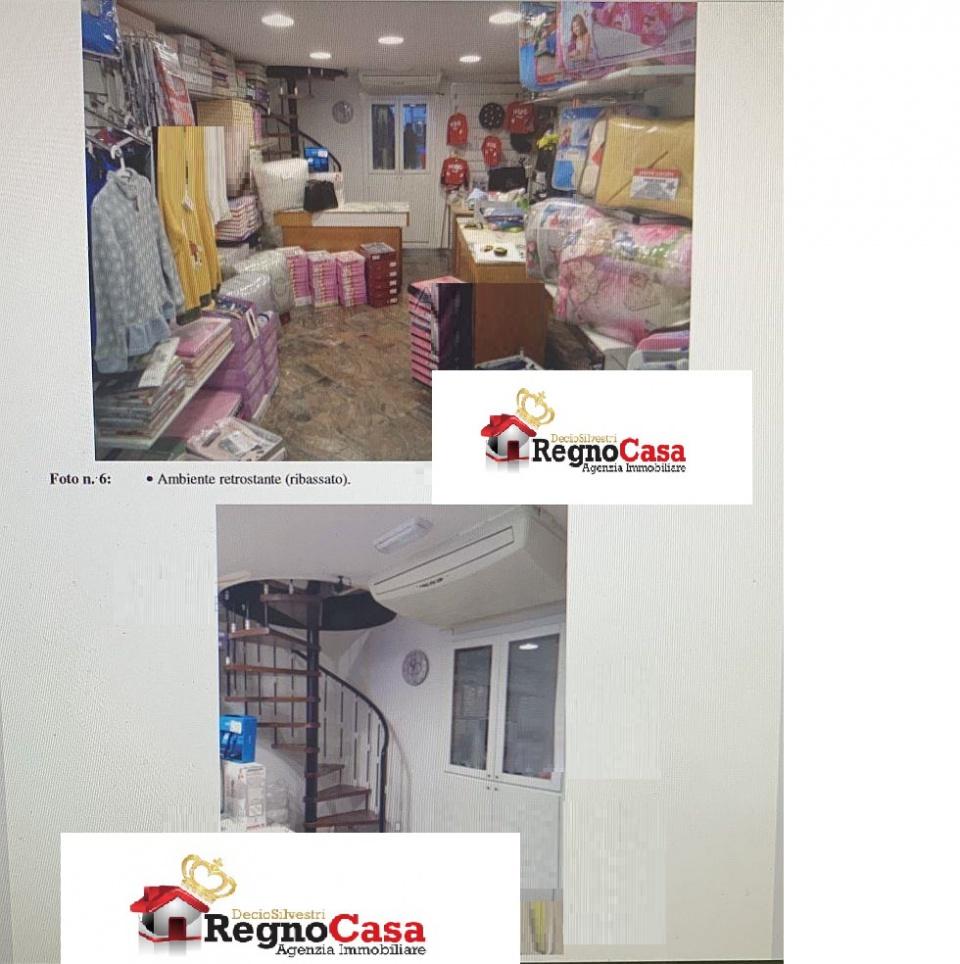 Locale Commerciale NAPOLI 2807141 CORSO GARIBA