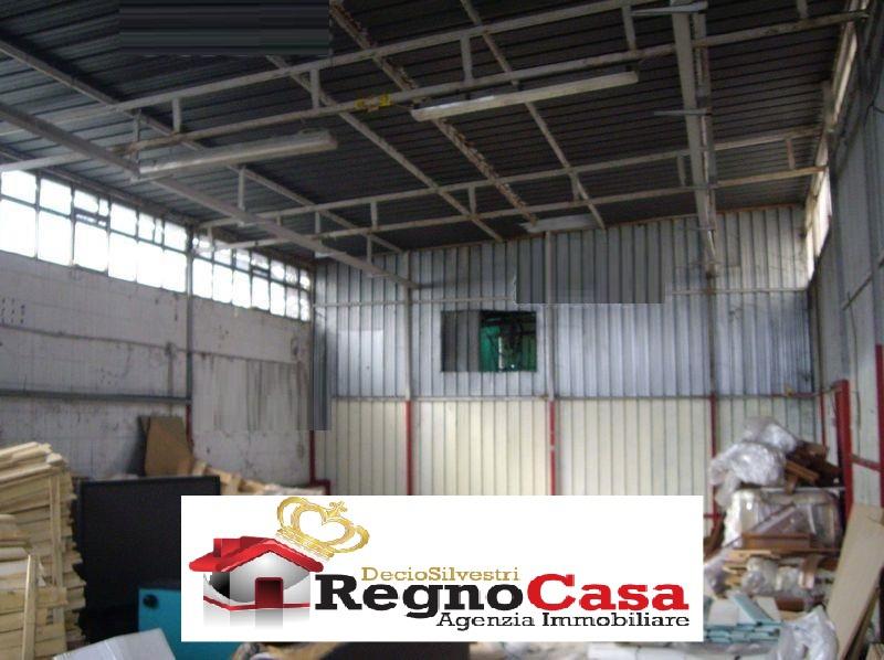 Magazzino - capannone in vendita Rif. 11609651