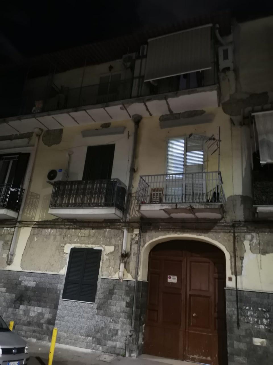 Appartamento in buone condizioni in affitto Rif. 11690974