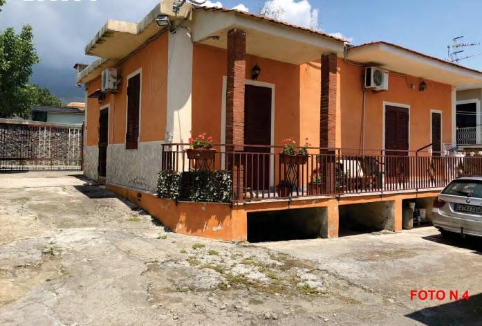 Appartamento quadrilocale in vendita a Torre del Greco (NA)