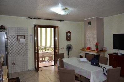 Appartamento trilocale in vendita a Orta di Atella (CE)
