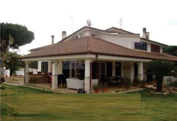 Villa o villino TERRACINA VIA MIGLIARA LT