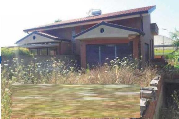 Villa o villino TERRACINA VIA LESTRA MATTONI
