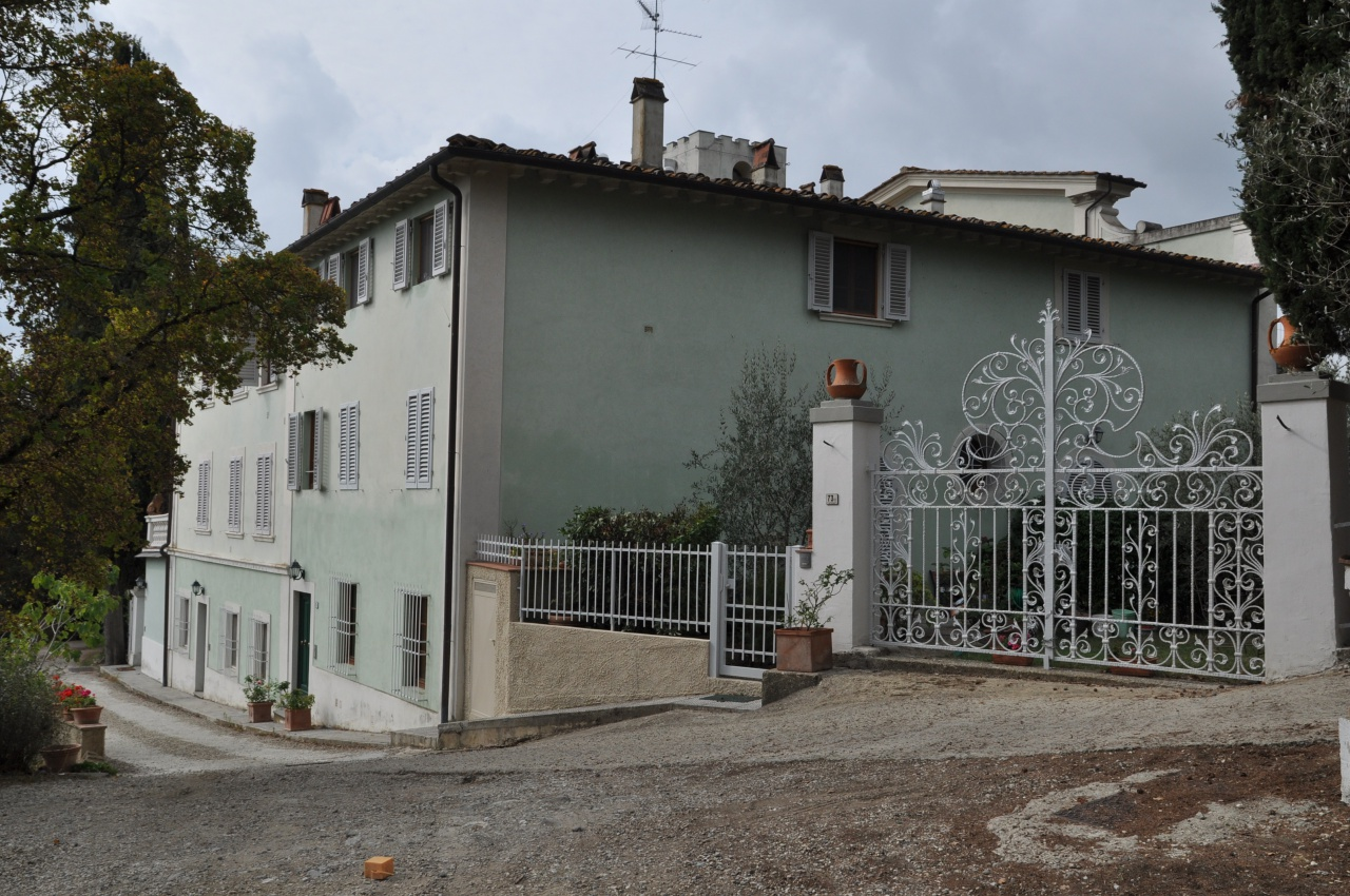 vendita appartamento impruneta falciani  250000 euro  3 locali  70 mq