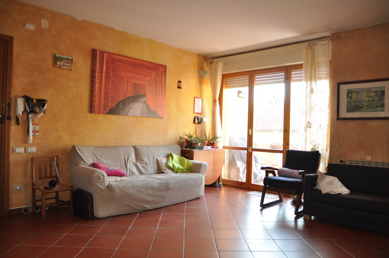 Appartamento in ottime condizioni in vendita Rif. 8970012