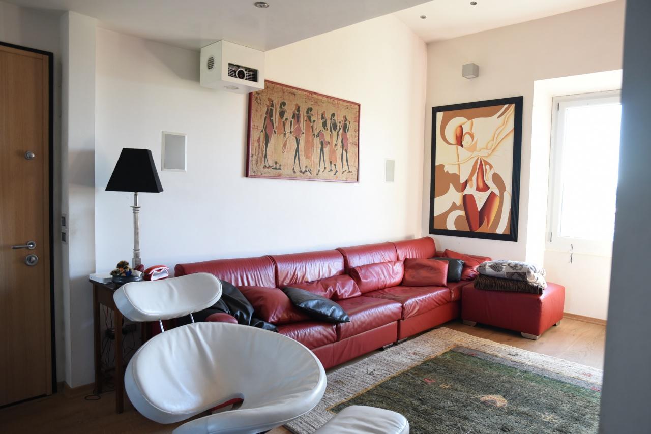 Appartamento ristrutturato in vendita Rif. 11439811
