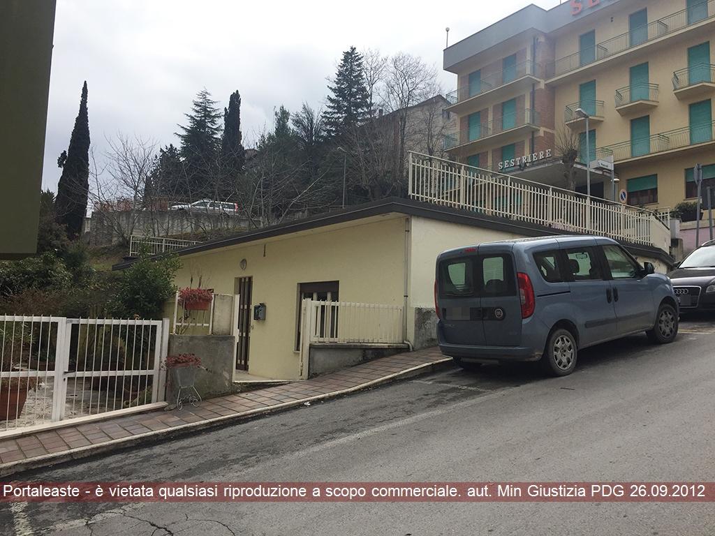 Magazzino - capannone in vendita Rif. 9531982