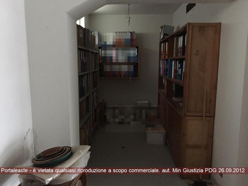 Magazzino - capannone in vendita Rif. 9531983