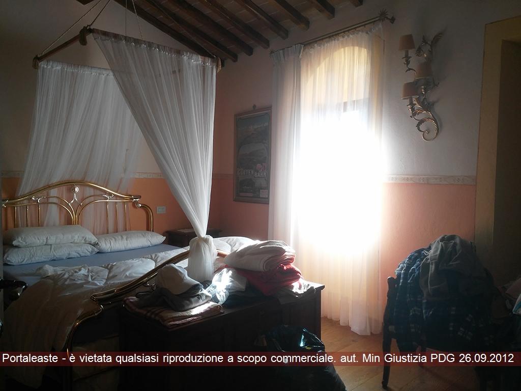 Bilocale Colle di Val d Elsa Localita' Paurano 2