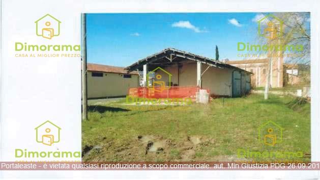 Magazzino - capannone in vendita Rif. 8657240