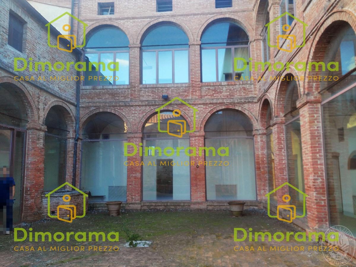 Stabile / Palazzo in vendita Rif. 11220866