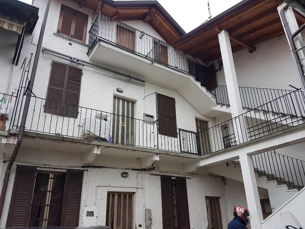 Appartamento in vendita Rif. 8220104