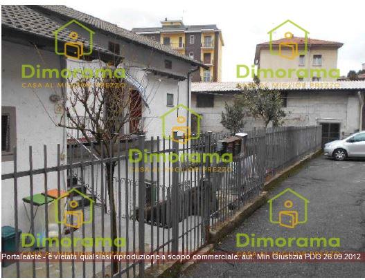 Appartamento 5 locali in vendita a Como (CO)
