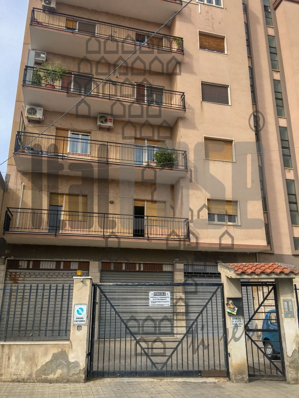 Appartamento in vendita a Reggio Calabria, 4 locali, prezzo € 95.000 | CambioCasa.it