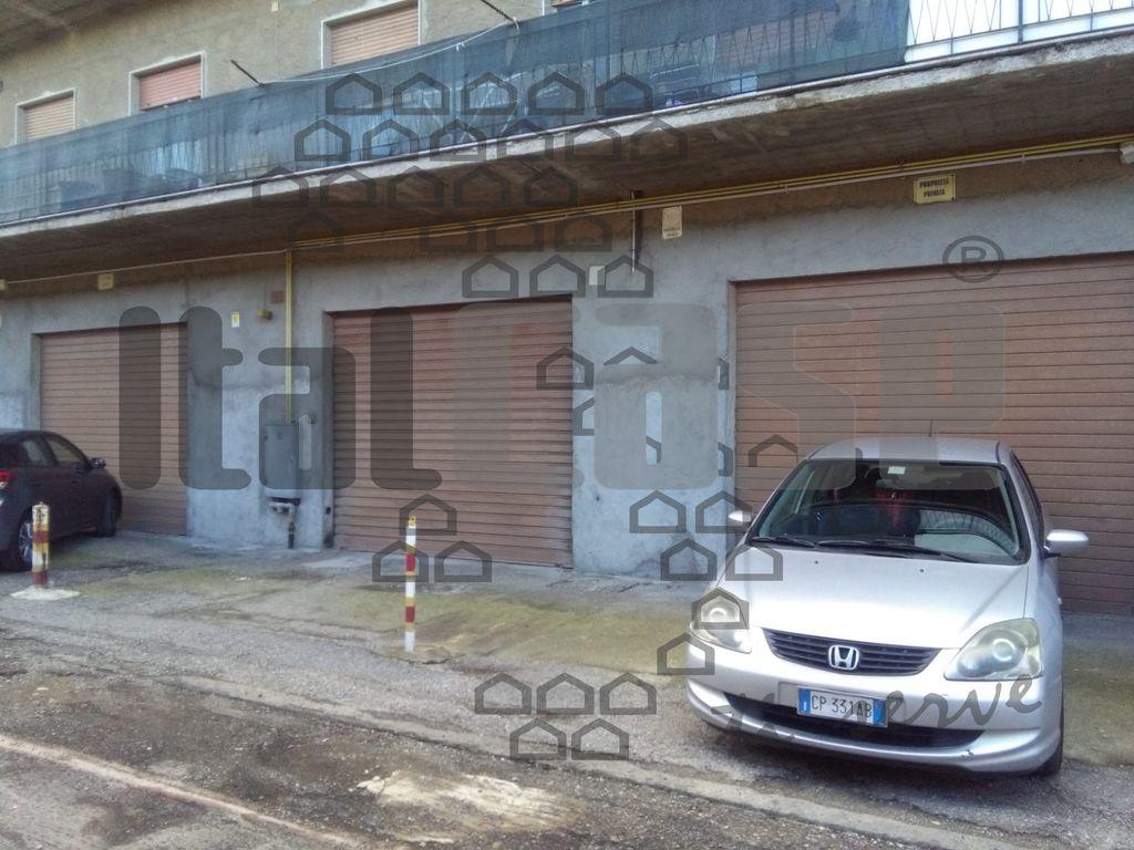 Locale Commerciale in Affitto REGGIO CALABRIA