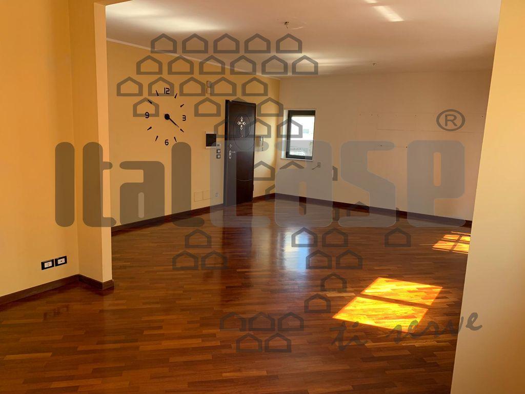 Appartamento REGGIO CALABRIA VR15490