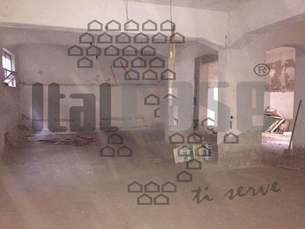 Negozio REGGIO CALABRIA VR14294