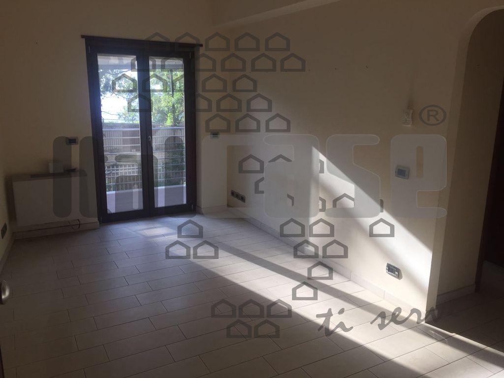 Appartamento REGGIO CALABRIA LR14108