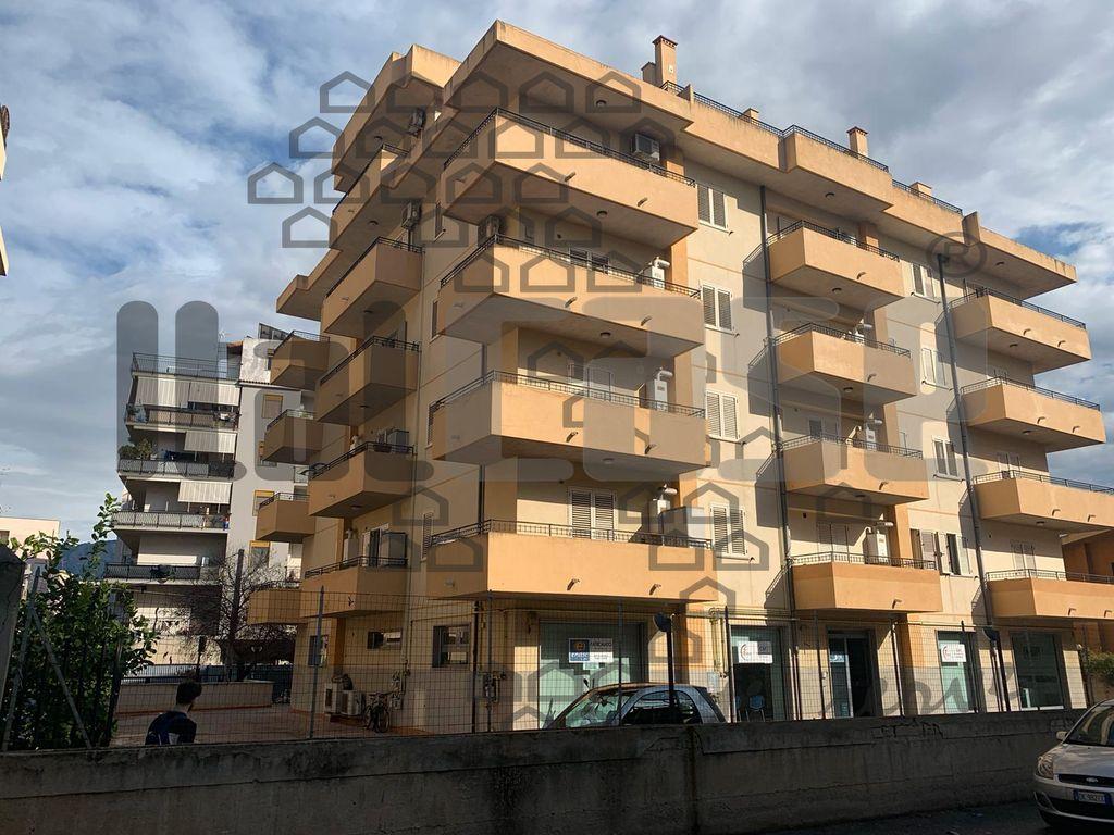 Appartamento in vendita a Reggio Calabria, 3 locali, prezzo € 95.000 | CambioCasa.it