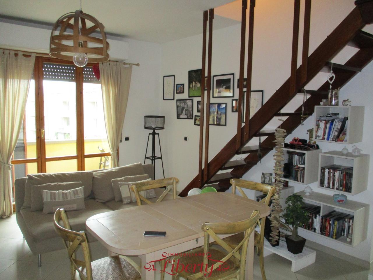 vendita appartamento viareggio migliarina  185000 euro  4 locali  75 mq