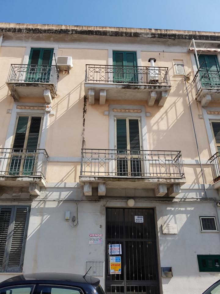 affitto appartamento messina centro citta'  390 euro  2 locali  70 mq