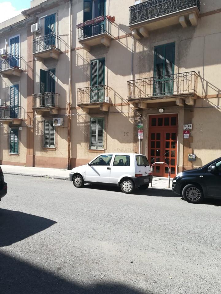vendita appartamento messina centro citta'  55000 euro  3 locali  80 mq