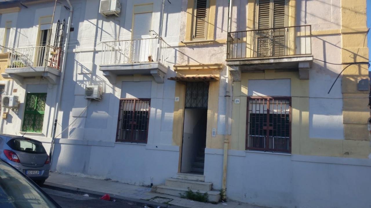 Casa Indipendente da ristrutturare in vendita Rif. 8701090