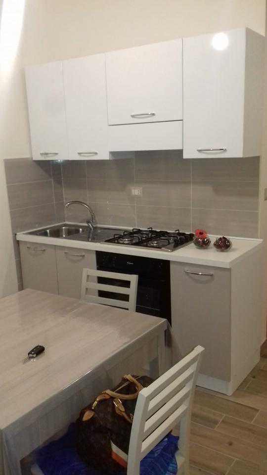 Appartamento in ottime condizioni arredato in affitto Rif. 8784710