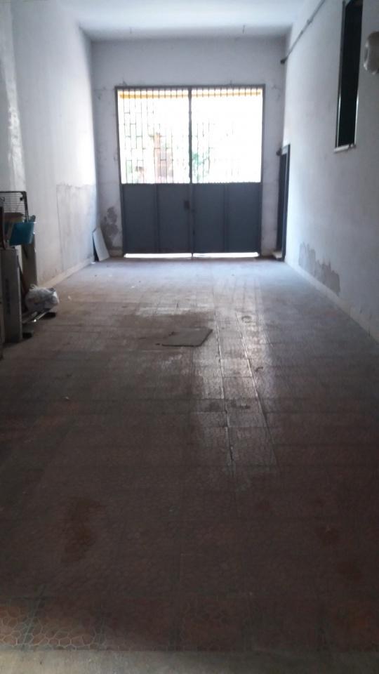 Appartamento in buone condizioni in vendita Rif. 9371265