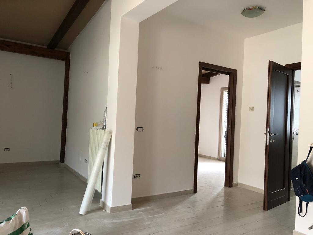 Appartamento ristrutturato in vendita Rif. 9386562