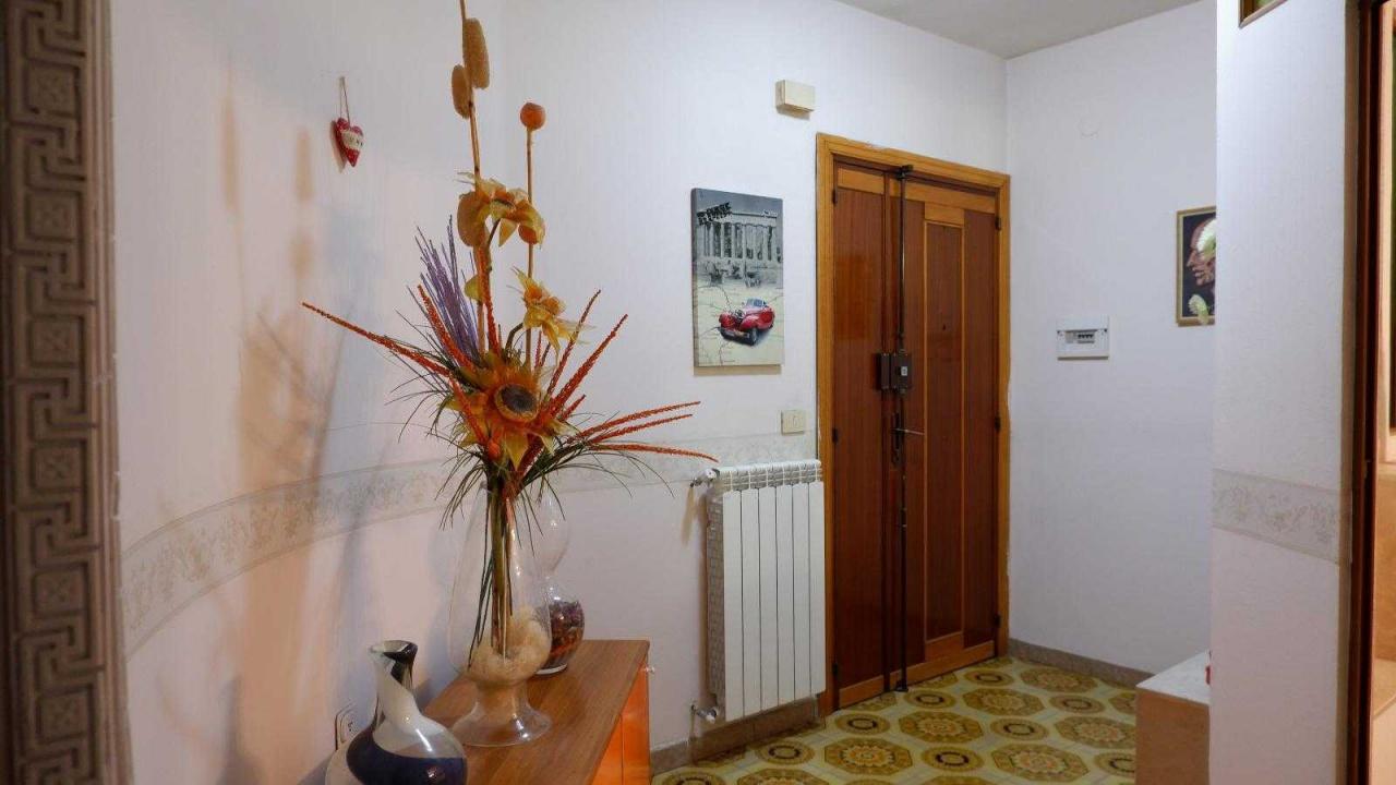 Appartamento in buone condizioni arredato in affitto Rif. 9545461