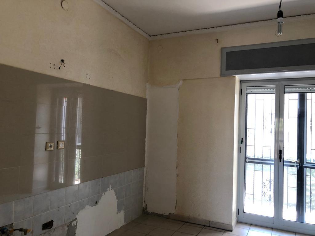 Appartamento in buone condizioni in affitto Rif. 9870468