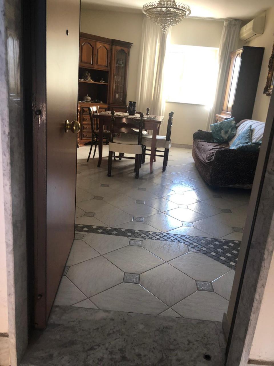 Appartamento in affitto a Casalnuovo di Napoli, 3 locali, prezzo € 500 | PortaleAgenzieImmobiliari.it