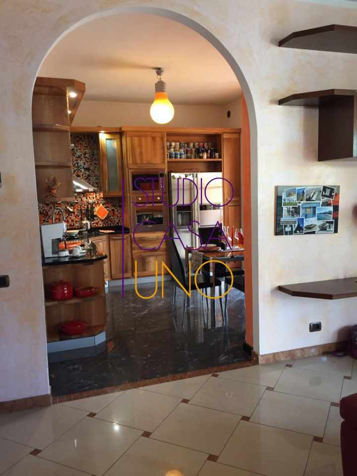 Villino 5 locali in vendita a Laterina (AR)