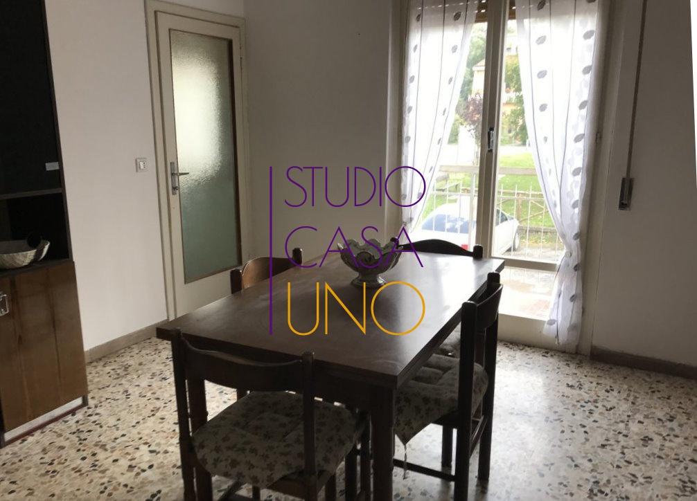 Appartamento in vendita a Bucine, 3 locali, prezzo € 63.000 | CambioCasa.it