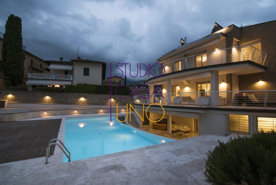 Villa in vendita a Castelfranco Piandiscò, 6 locali, prezzo € 1.300.000 | CambioCasa.it