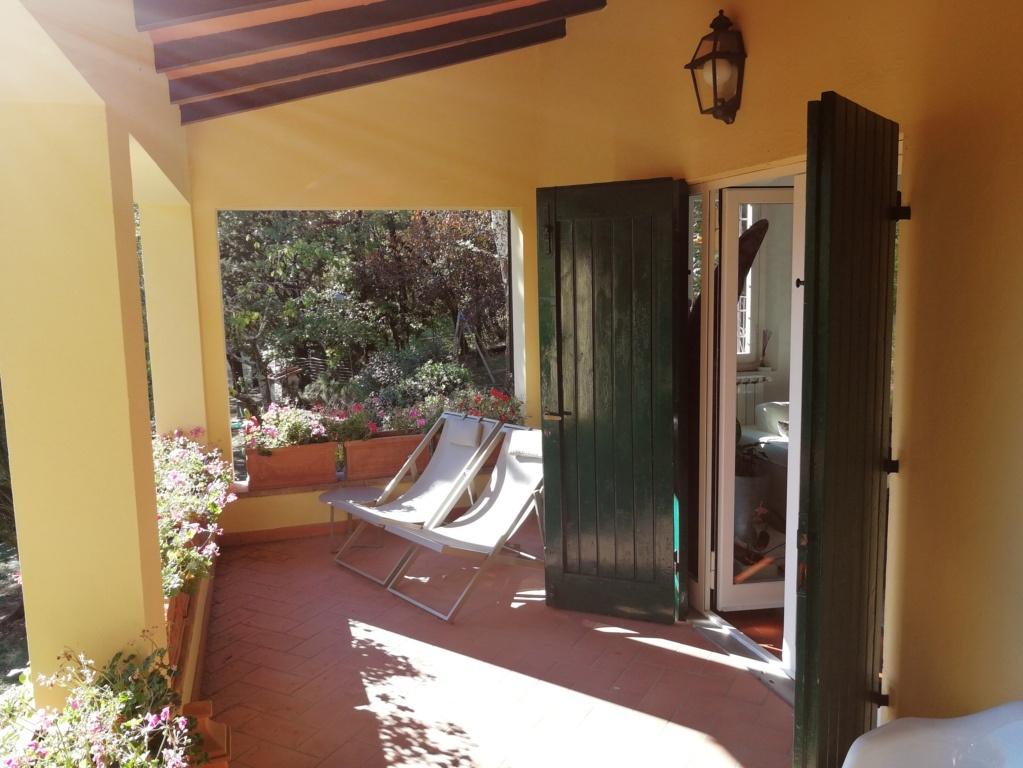 Villa in ottime condizioni in vendita Rif. 9943354