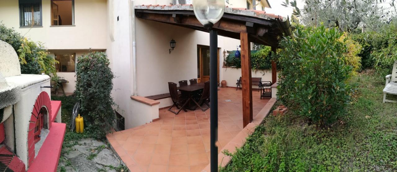 Casa Indipendente in vendita Rif. 9997589