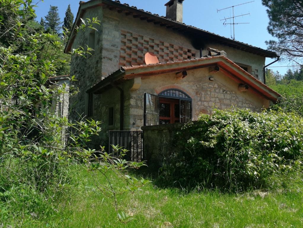 Rustico / Casale in buone condizioni in vendita Rif. 10330602