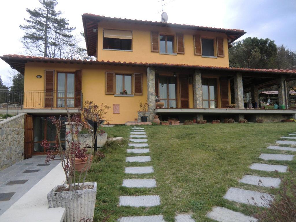 Villa in ottime condizioni in vendita Rif. 11477245