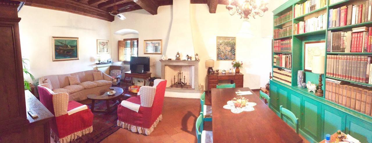 Appartamento in ottime condizioni in vendita Rif. 11477246