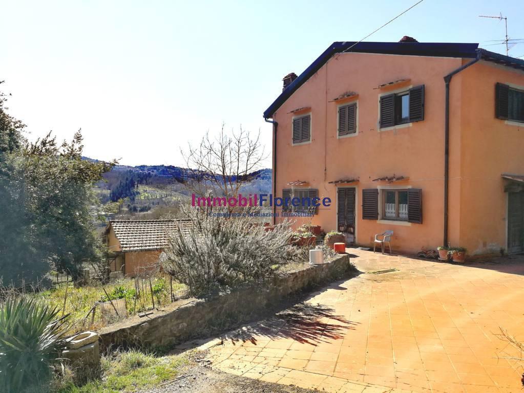 Rustico / Casale in vendita a Fiesole, 10 locali, prezzo € 670.000 | CambioCasa.it
