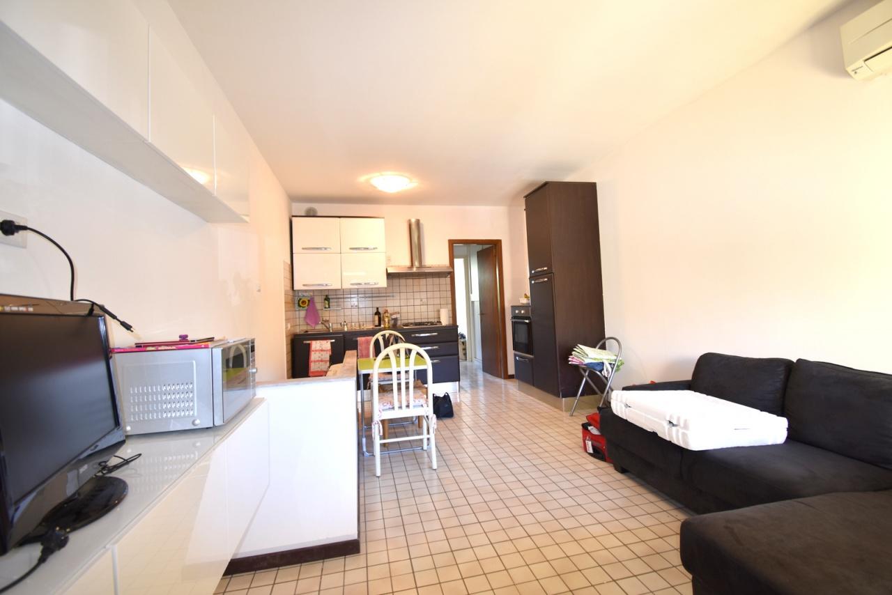 Appartamento da ristrutturare in vendita Rif. 10094779