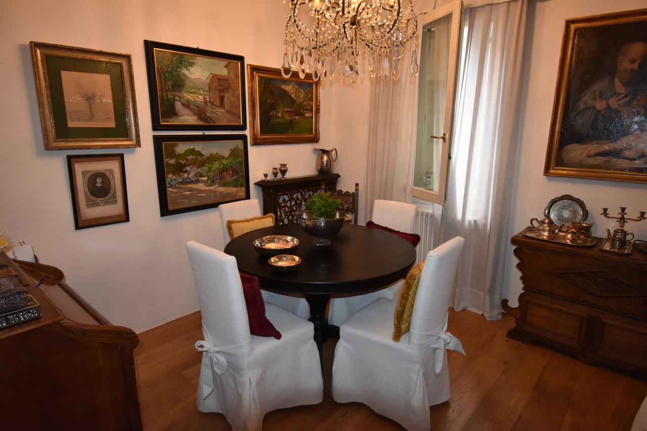 Villetta a schiera in buone condizioni in vendita Rif. 12176869
